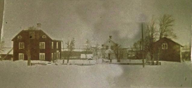 Gårdstunet Lungre 1:2 efter nya mangården, byggd 1909