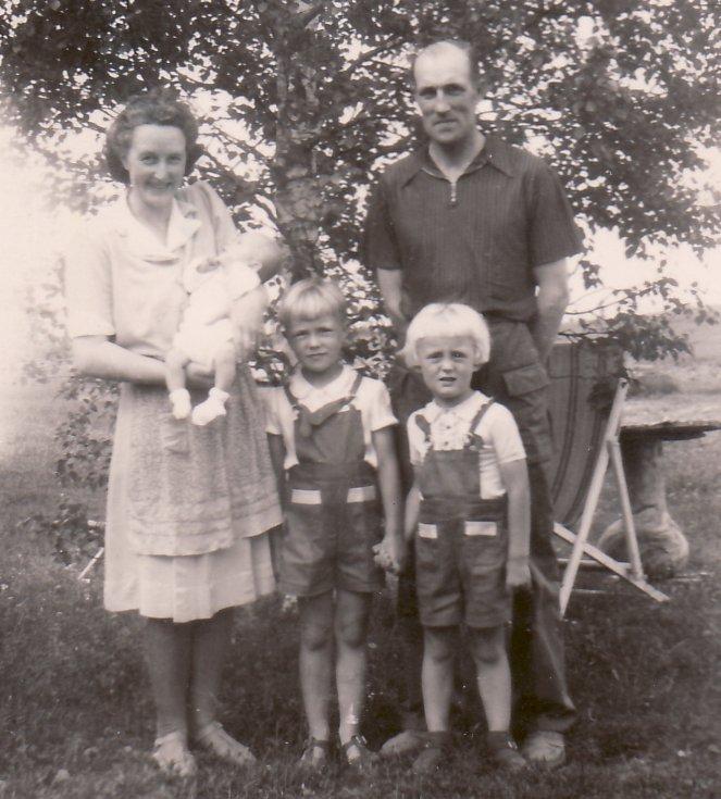 Inger nyfödd, sommar 1947