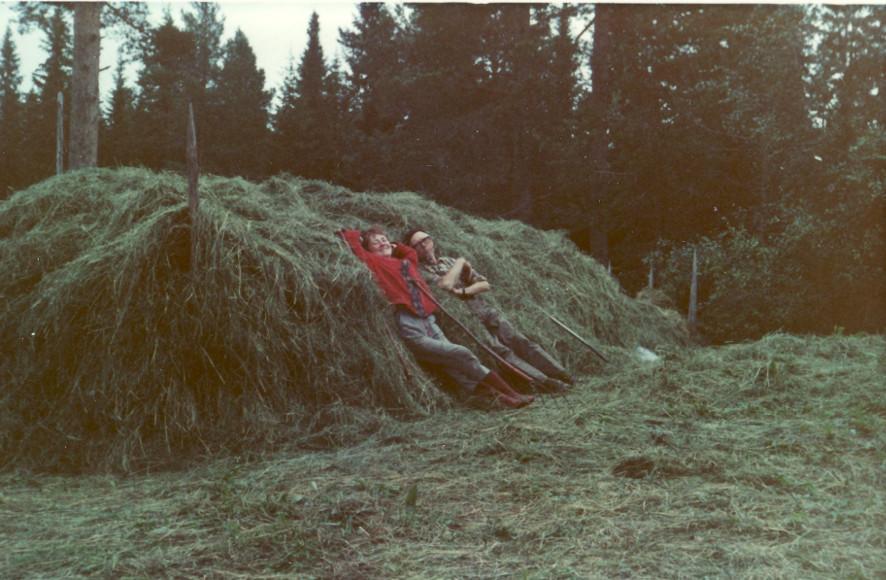 hantverk Inger o svärfar Arthur 1970