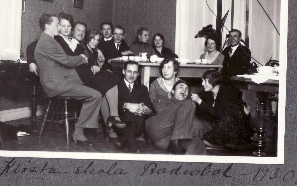 Radiobal i Klösta skola, Lit h 1930