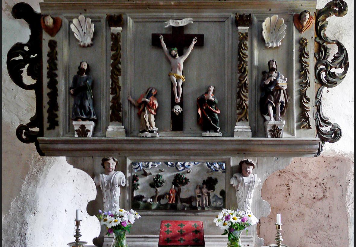Stenkyrkans katolska altaruppsättning