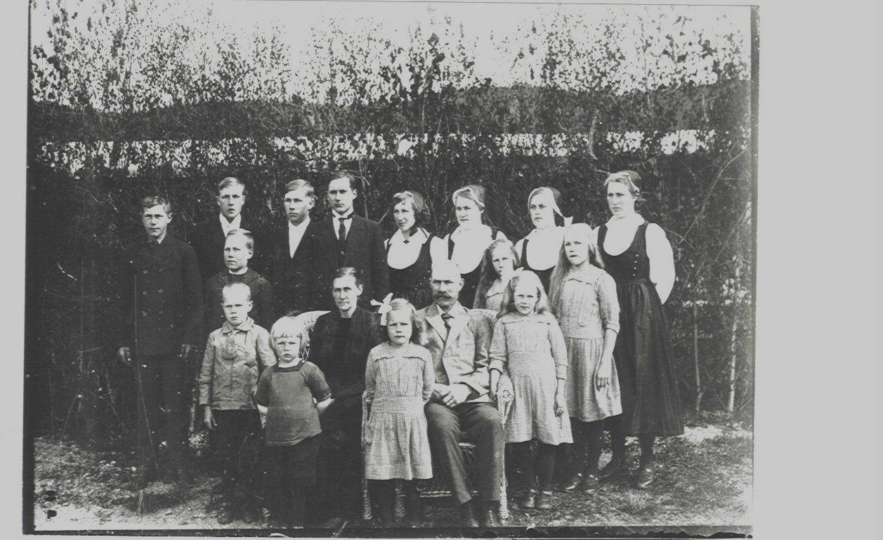 Familjen på Katrinehill omkr 1923