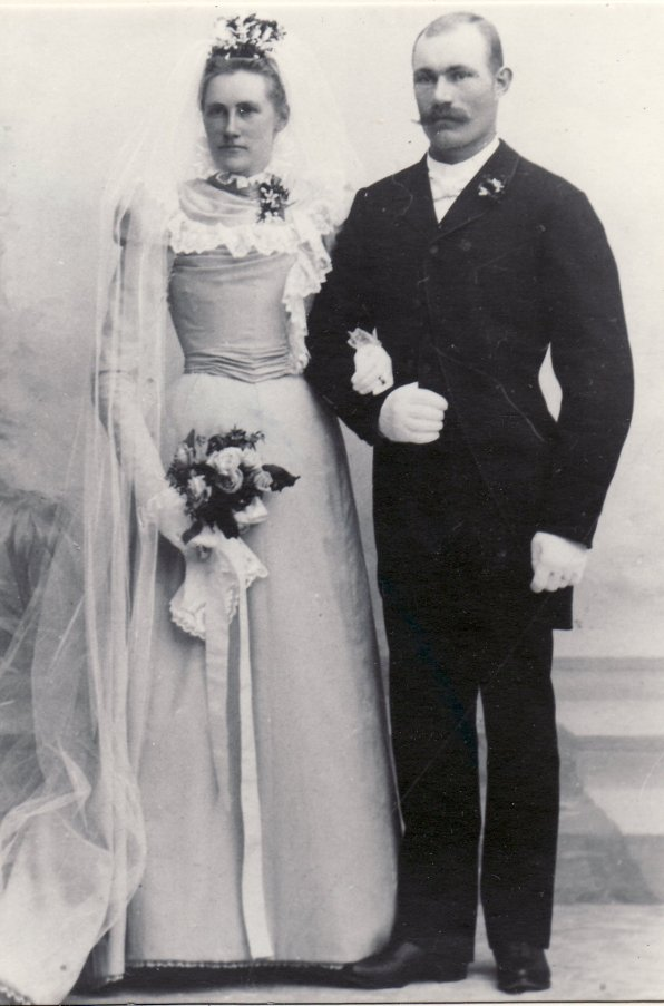 Nils Nilsson O Katarina Sahlin gifte sig 28/5 1898